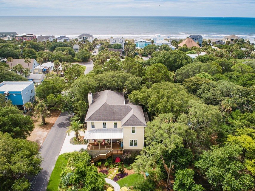Luxury Simplified Real Estate 420 E. Cooper. Folly Beach SC